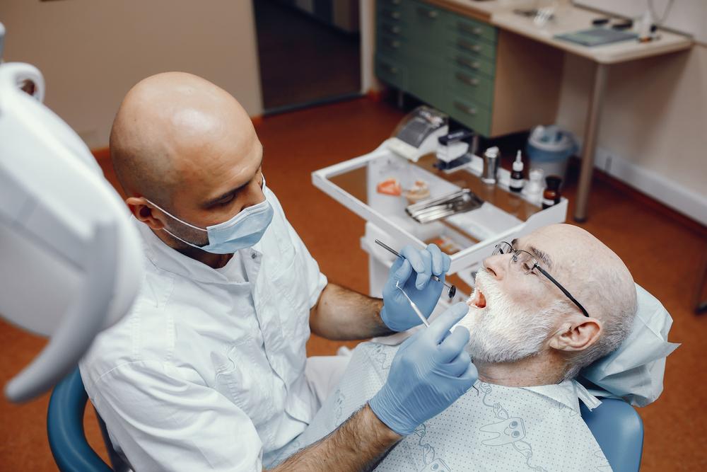 Enfermedad periodontal en la vejez