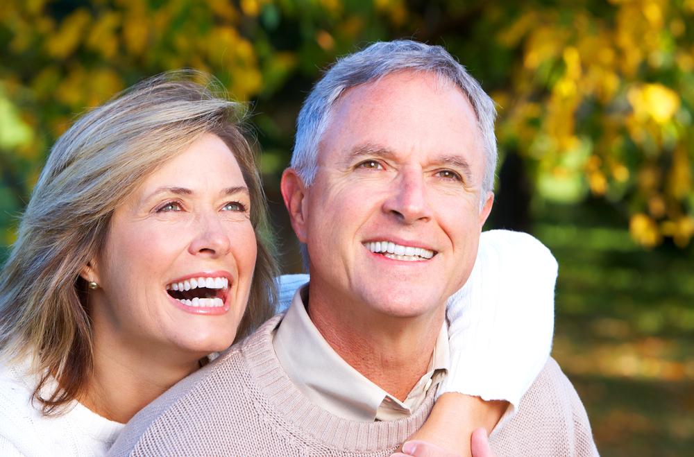 Cómo mantener la salud bucal en la vejez